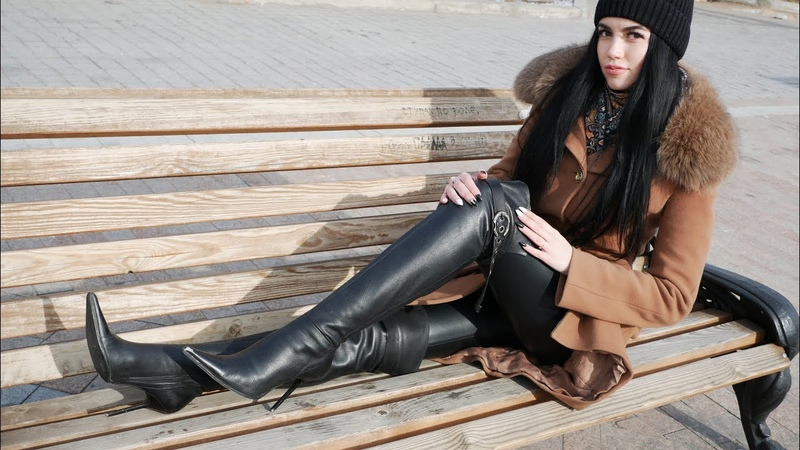 Nana's Gianmarco Lorenzi pointed toe over the knee black leather classic boots Size 38