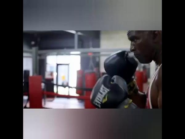IS EVANDER HOLYFIELD TOO OLD FOR COMEBACK