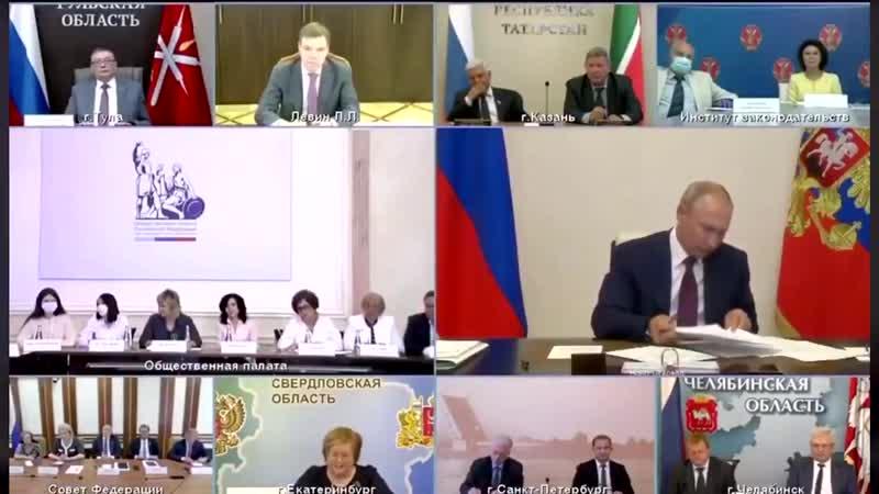 Страна Россия верным шагом переходит в страну идиотов