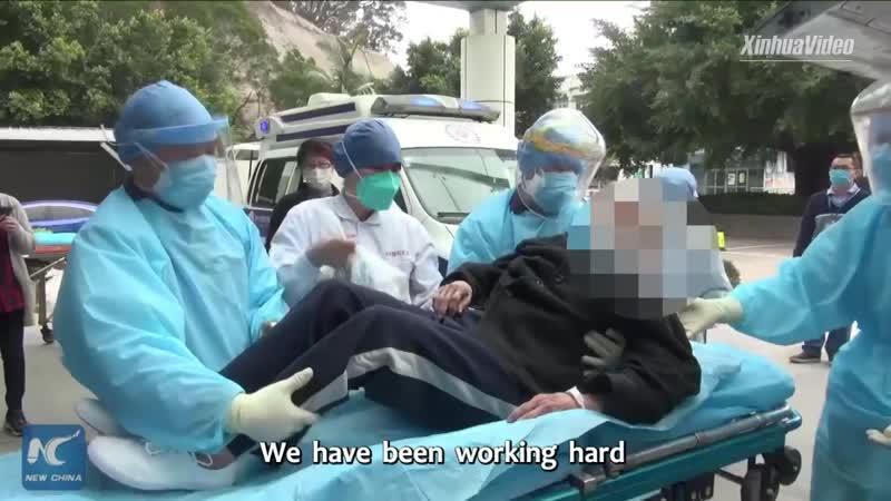 93 летняя пациентка выписана из больницы в Фучжоу