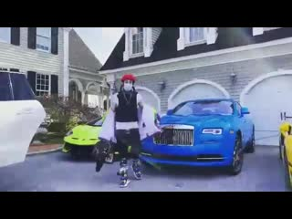 6ix9ine показал свои машины