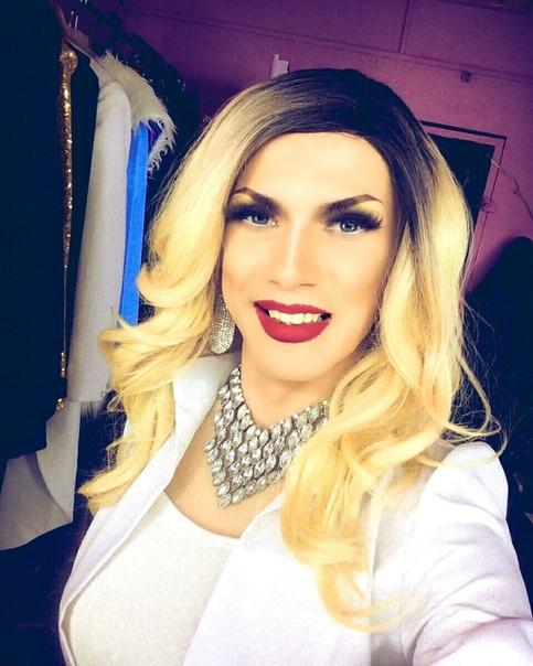 В Воронеже скончался 24-летний трансгендер по имени Сергей Сообщается, что за четыре дня до этого его госпитализировали с инсультом, который и стал причиной смерти.Вчера состоялись похороны