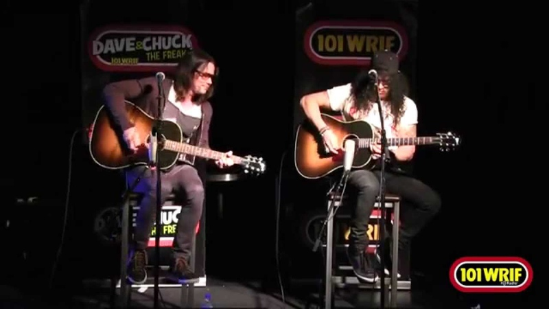 Slash ft Myles Kennedy Fall to Pieces