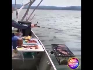 Впервые взял жену на рыбалку 🤪