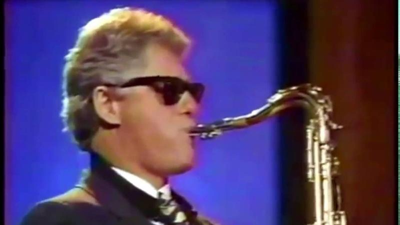 Bill Clinton playing saxophone on Arsenio Hall Show (HD)