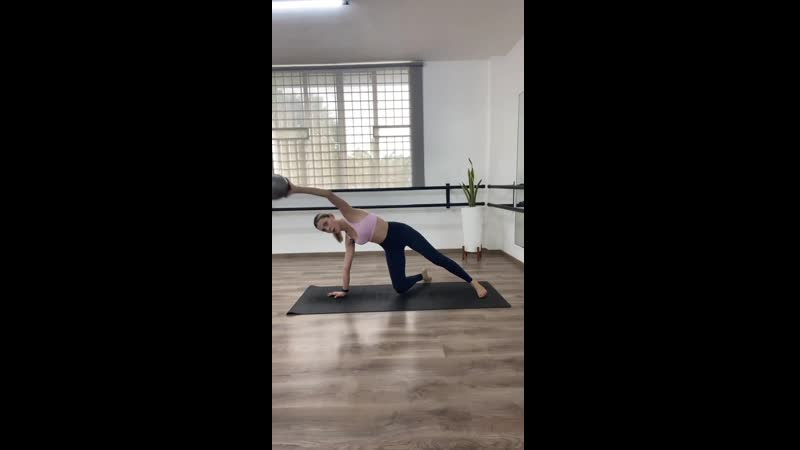Dbarrestudio 10 min Core Balance w ball 20201126