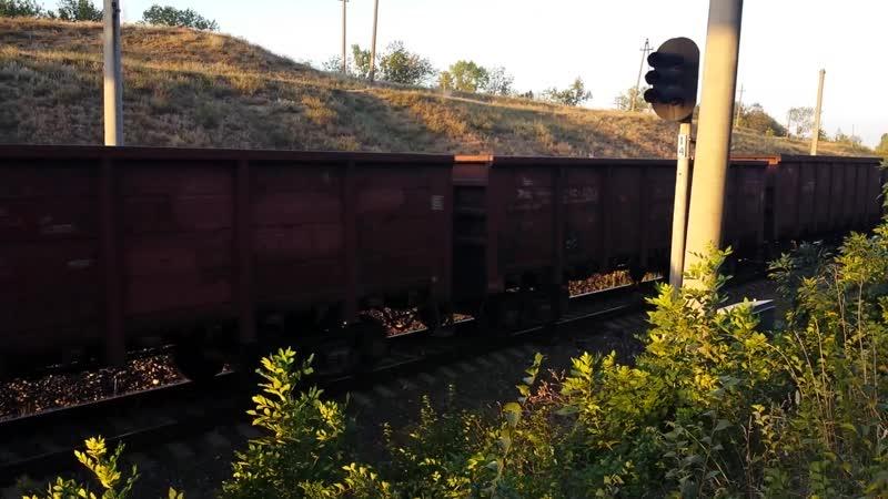 2ТЭ10М 2653 с грузовым поездом на перегоне Тирасполь Новосавицкая