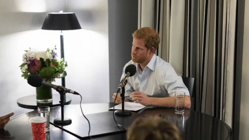 Prince Harry Quizzes Obama on Radio Program