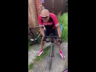 Мастер велоспорта научит - смотрите как надо