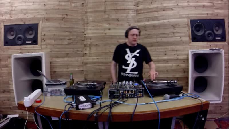 Deekline Jaguar Skills - Live @ Data Transmission 10042015