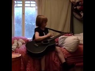 Billie Eilish выпустила видео в честь 18-летия Рифмы и Панчи