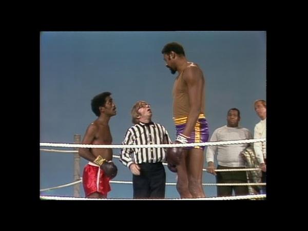 Sammy Davis Jr. vs. Wilt Chamberlain | Rowan Martins Laugh-In | George Schlatter