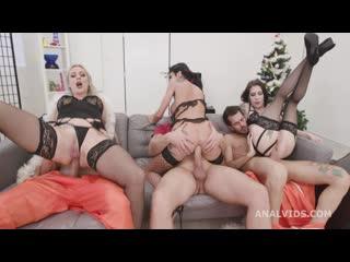 Brittany Bardot, Anna de Ville, Laura Fiorentino, Giada Sgh - Fuck, this aint normal christmas #1 GIO1671 (21-12-2020) 1080p