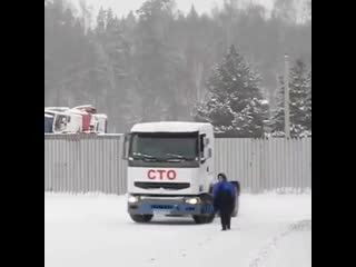 Дрифт на грузовике! NDNF
