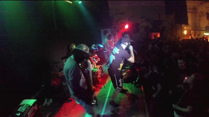 POTHEAD feat Adrian Paul from Cerebral Enema Cold Turkey Ahumado Granujo cover live @ Berlin