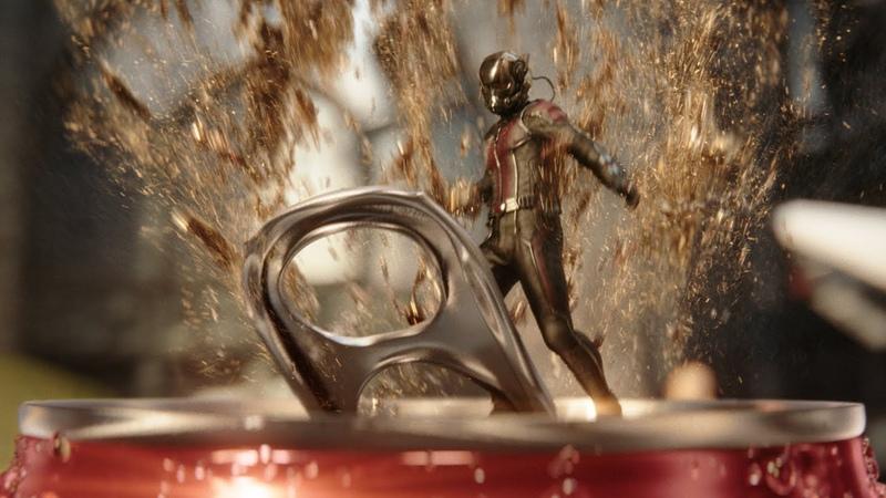 Реклама Кока Колы от Marvel в ролике Халк против Человека Муравья