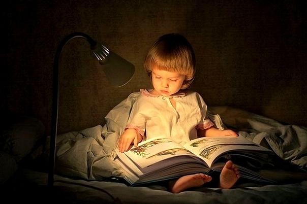 Ироничные рассказы для детей от русского писателя М М. Зощенко, которые с помощью позитивных эмоций учат ребенка доброму и хорошему. Сохраните эту подборку и включайте