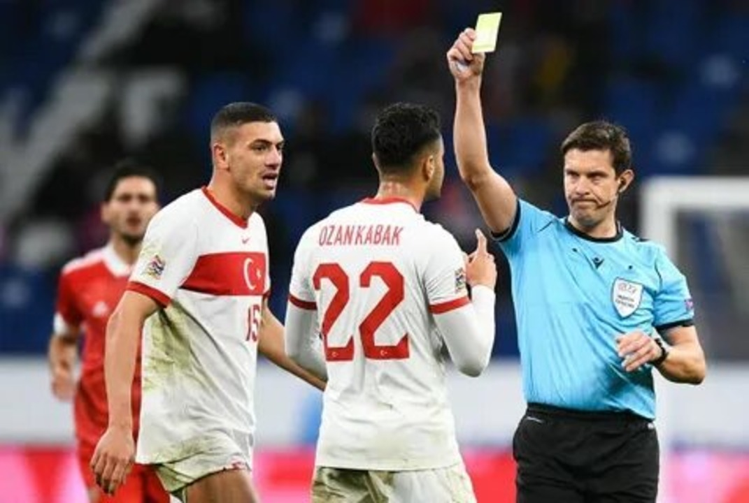 Россия - Турция, 1:1. Арбитр Матей Юг