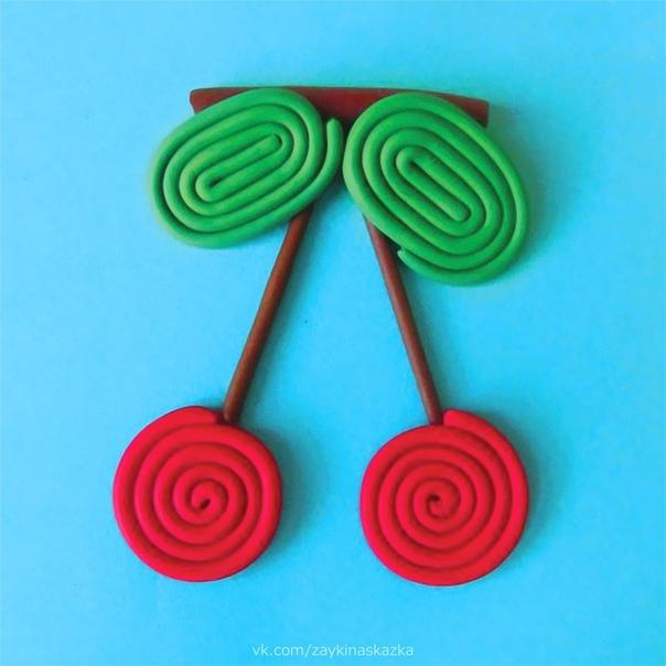 «РИСУЕМ» ПЛАСТИЛИНОВЫМИ ЖГУТИКАМИ Такая техника очень нравится детям своей простотой, а получается очень оригинальная и рельефная картинка.Рисование жгутиками доступно даже малышам. Процесс