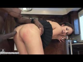 Еле поместился в её маленькие дырки Порно и Секс 18