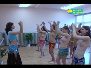 Belly-Dancing__NaturismV.com