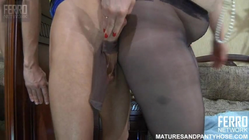 Ferro Network  Flo - Matures And Pantyhose (mature, MILF, BBW, мамки - порно со