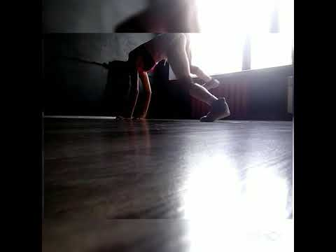 Юлия Ковтун, тренер Royal Pole Dance , небольшая тряска Twerc