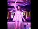 Аида танцует казашка