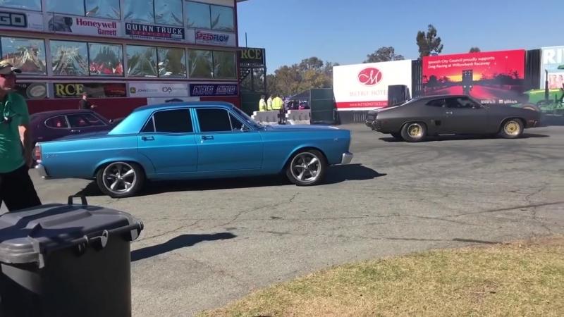 Skid Factory_ Ford Fairlane V8 турбо гоняет на 1_4 мили [BMIRussian]