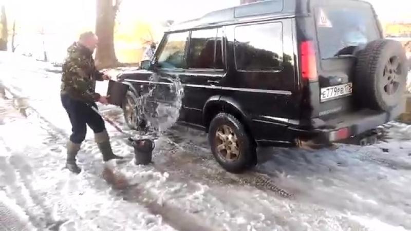 Чувак как то не задумывается куда с МОЕК автомашин стекает вода....или злобный блогер из Тверской области.