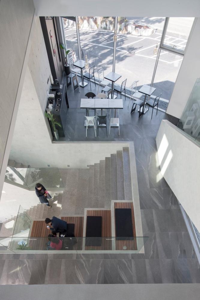 Эксклюзивное строение из монолитного бетона