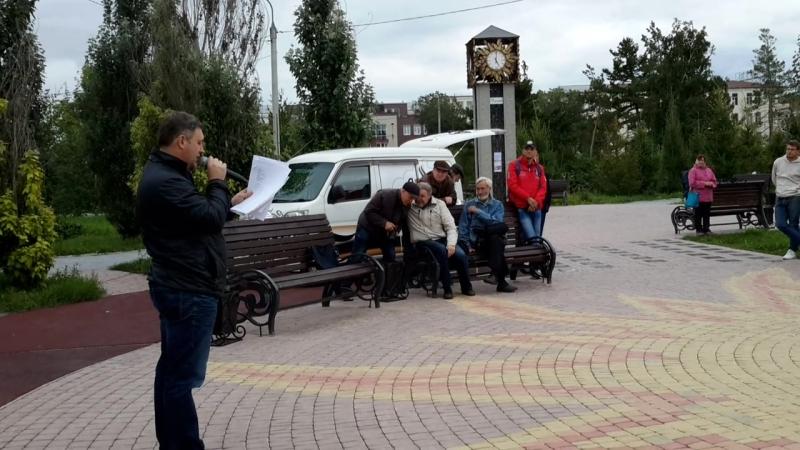 Дмитрий Сапунов читает стихи Аркадия Кутилова 2018-09-02