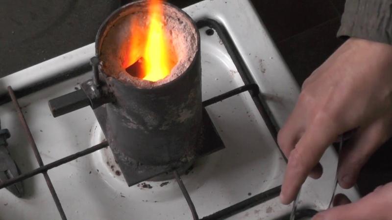 Как напаять токарный резец на газовой плите