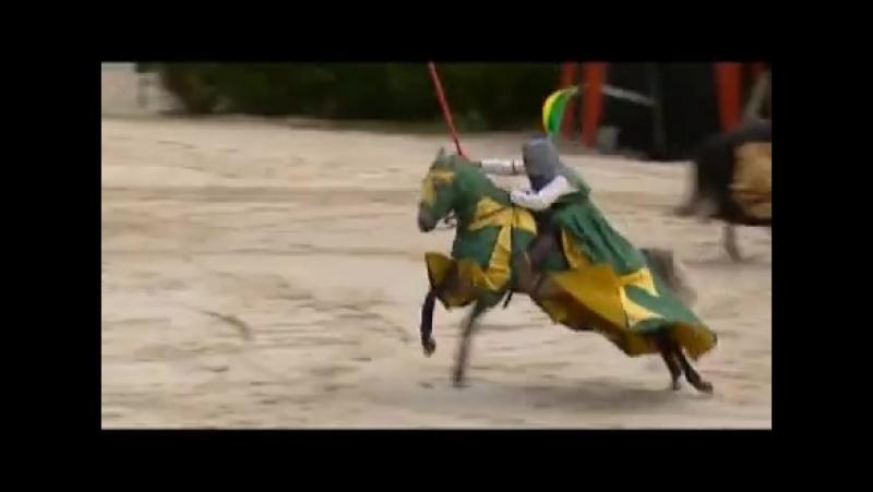 La_Bataille du Donjon - Puy du fou - YouTube