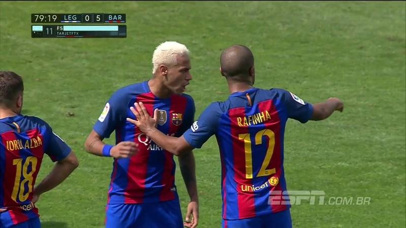Neymar ofende e agride Rafinha em goleada do Barça