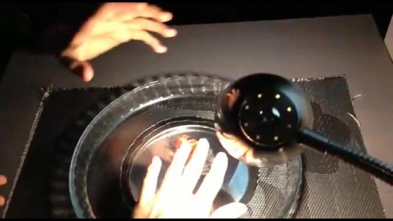Экспериментаниум (2015 год.) 3  Иллюзия обмана с конфетой.🍬