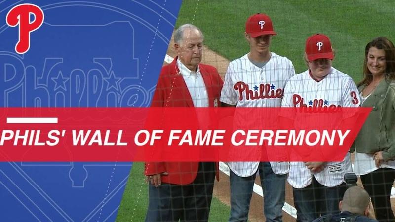 Gillick, Halladay enter Phillies Wall of Fame
