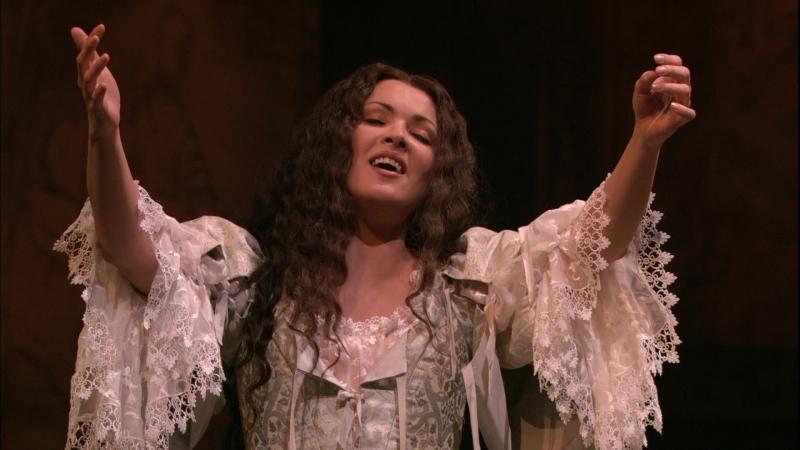 Bellini - I Puritani -Anna Netrebko- Madness Scene (Vien, diletto, e in ciel la luna) Met- Act II2007
