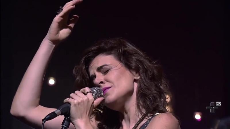 Mariana Aydar Dedo Duro