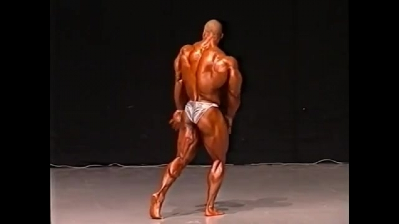 Kevin Levrone Posing 1997