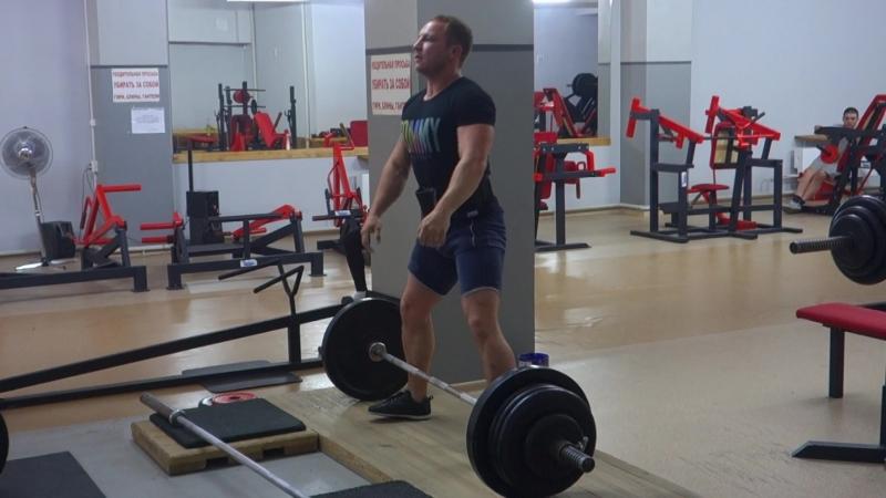 Степан - становая тяга - 180 кг-2 повт - 2 подхода