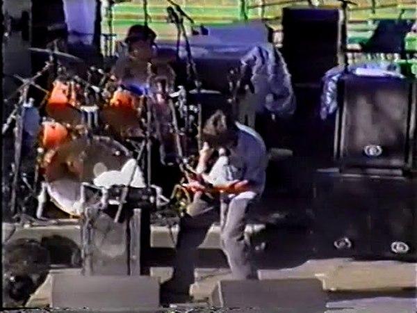 Les Claypools Frog Brigade - 2000-05-27 - Angels Camp, CA - Calveras County Fairground