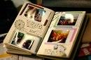 Распечатайте фотографии и вклейте их в альбом на память.