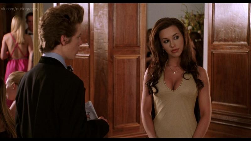 Лейси Чаберт (Lacey Chabert) - Недетское кино (Not Another Teen Movie, 2001, Джоел Галлен) 1080p Голая? Грудь, декольте
