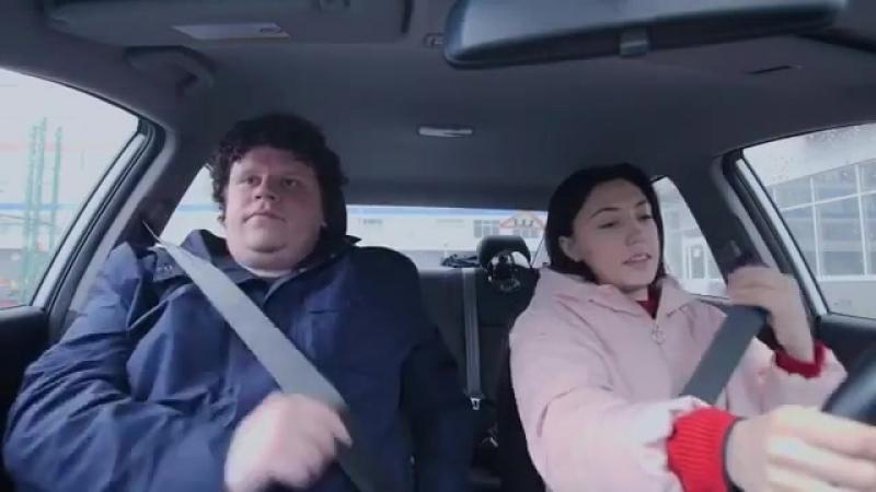 Отмечайте подруг, которые только сели за руль 😂😄🤷🏼♀️ Автор- evgeny_kulik devchata_vine