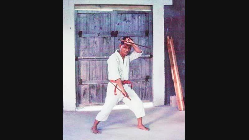 Tatsuo Shimabuku - Kusanku Sai Shishi No Kun Bo