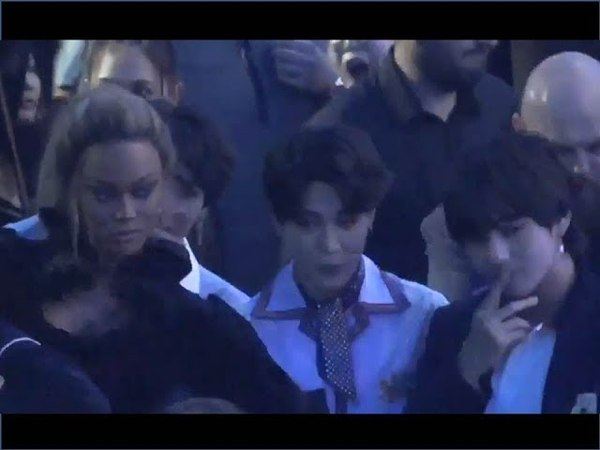 US celebrities Reactions to BTSs performance and Interaction with BTS at BBMAs 2018