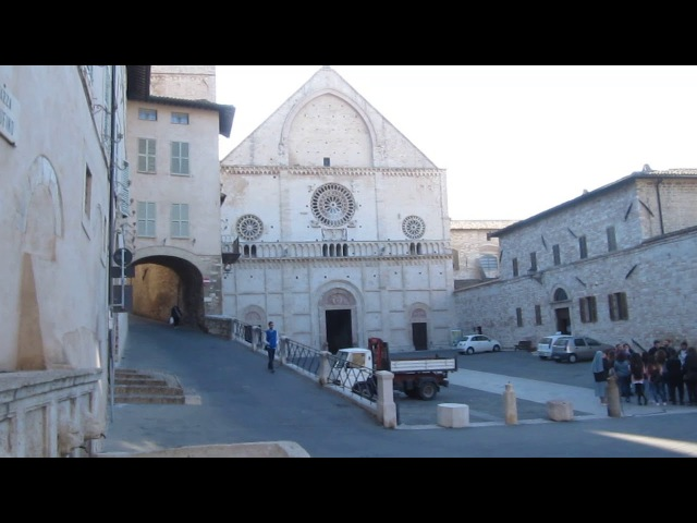 В гостях у Франциска Ассизского. Город Ассизи (Италия)\Visitare Francis di Assisi.