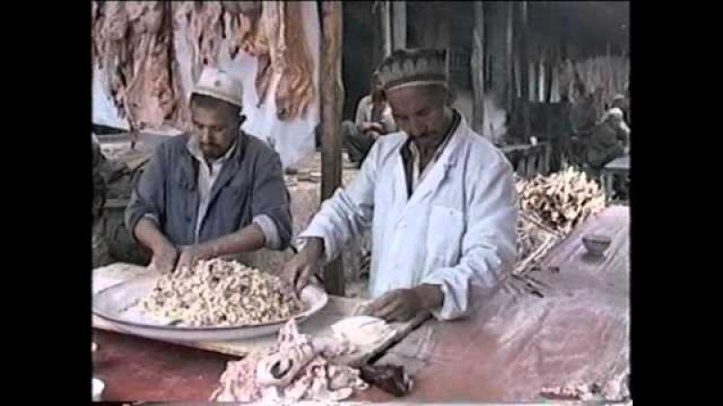 Kashgar - Il mercato della domenica (Video)