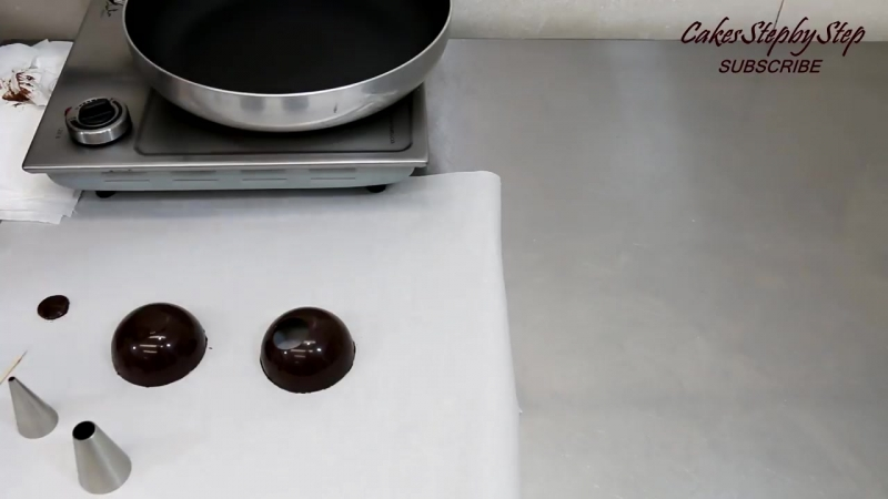 Chocolate Spheres Chocolate Technique HACK Make At Home by CakesStepbyStep.mp4